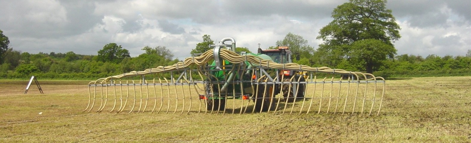 Slurry Spreading Advice for Contractors and Farmers